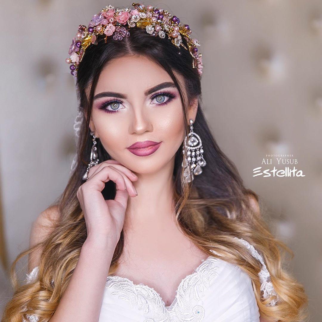 110 Otmetok Nravitsya 3 Kommentariev Estellita Fashion Centre Estellita V Instagram Make Up By Gunel And Hairstyle B Hairstyle Make Up Wedding Dresses