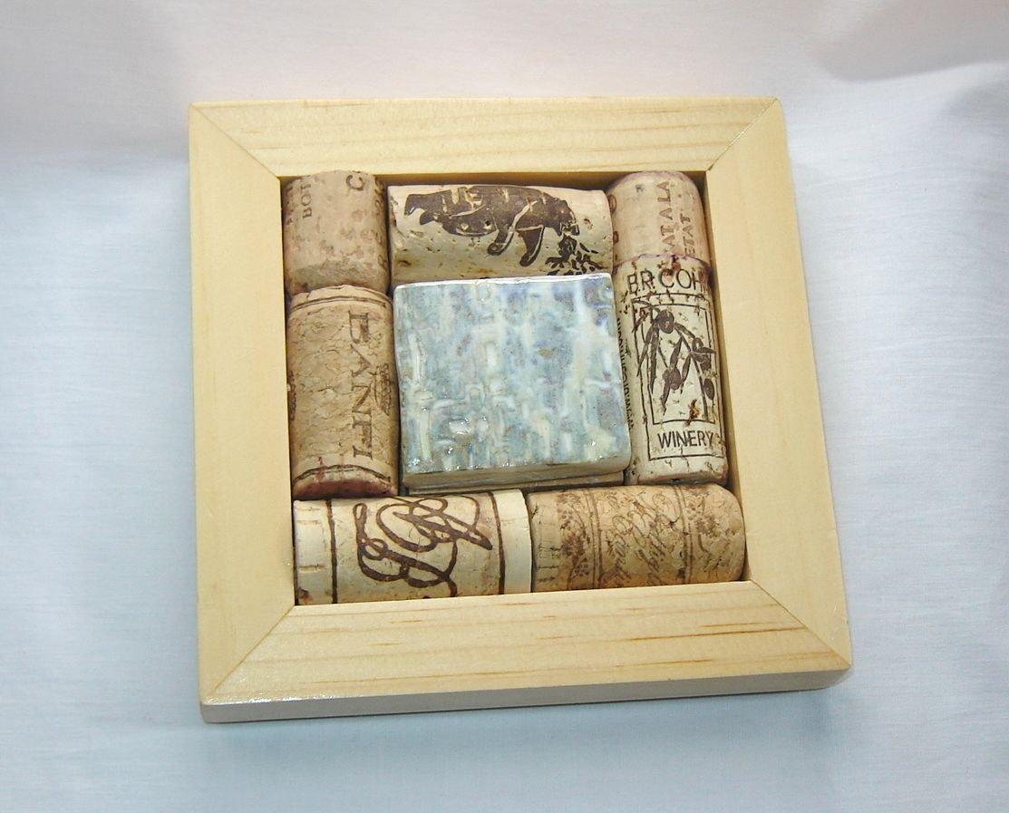 Upcycled Wine Cork Coaster with Ceramic Tile and Pine Wood frame ...