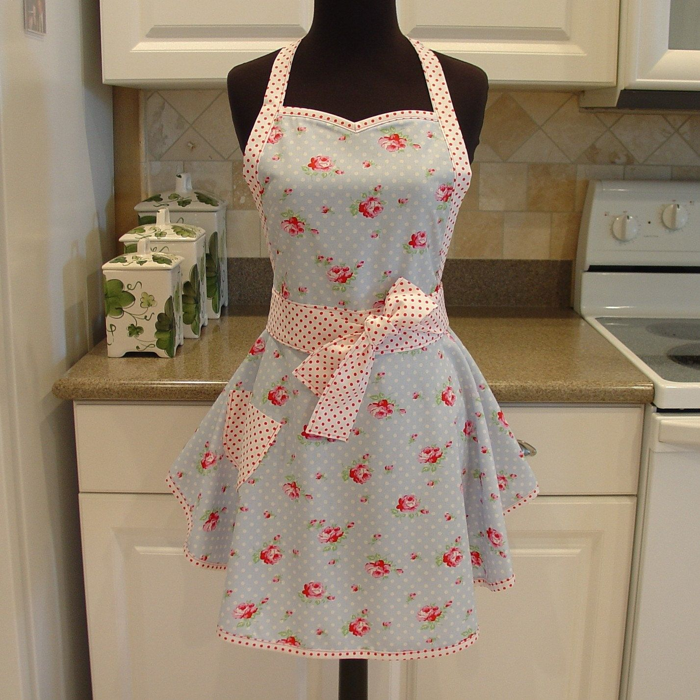 shabby chic apron rose buds in blue with pink dots apron rh pinterest ch shabby chic apron pattern shabby chic apron pattern
