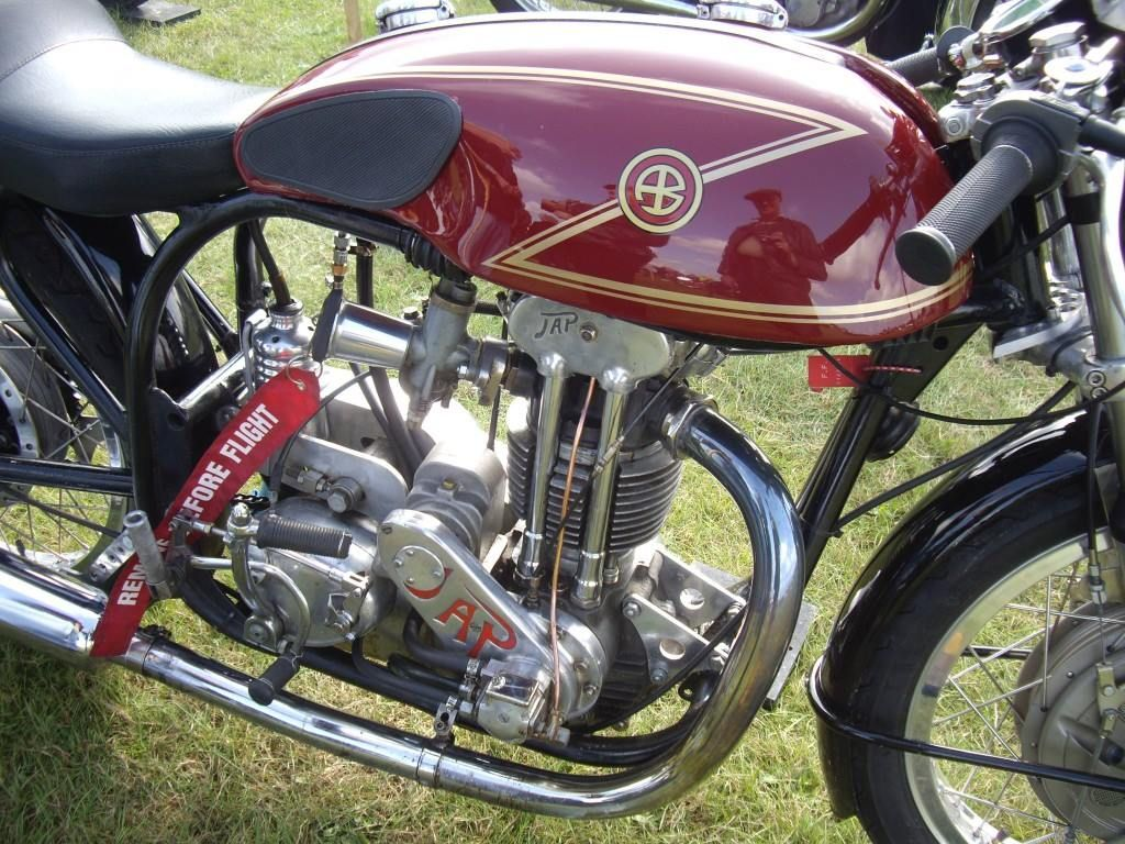 James Bridge Butler's 500cc Norton JAP special with trick