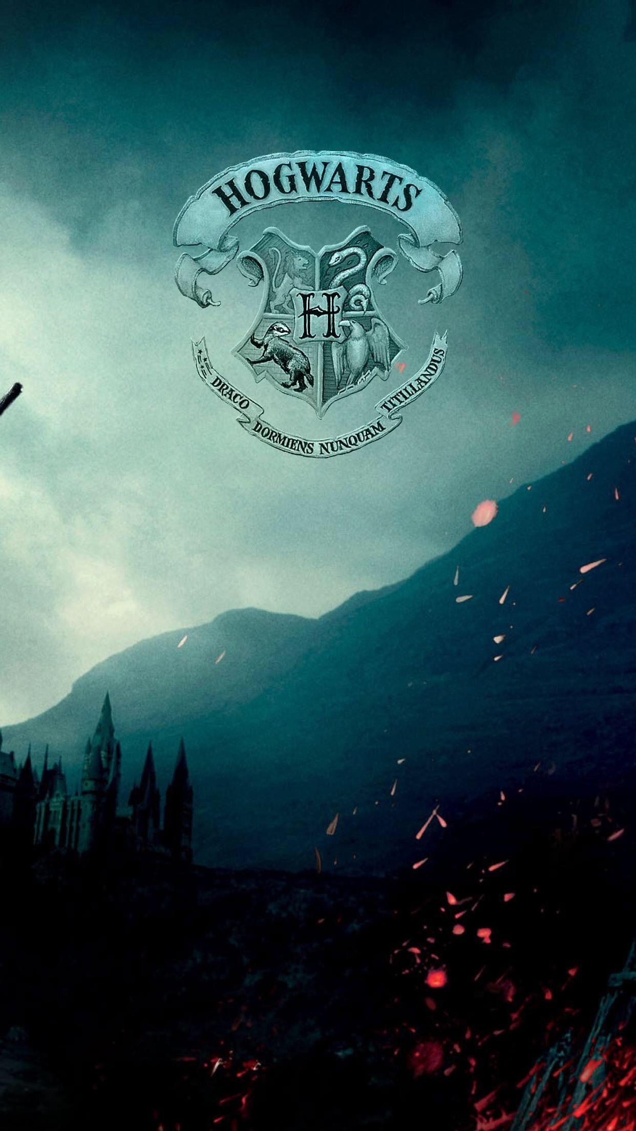 Pin Von Judy Lingerfelt Auf Harry Potter Harry Potter Hintergrund Collage Hintergrund Hintergrundbilder