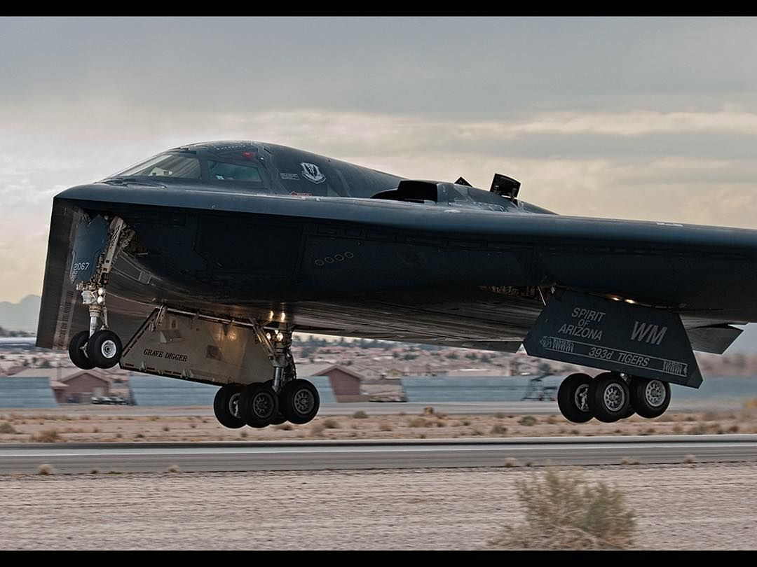 northrop grumman b 2 spirit stealth bomber stealthbomber b2