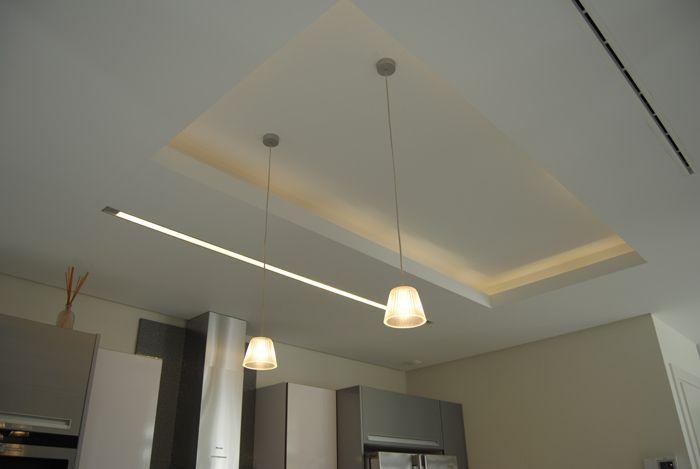 illusion iluminación: composicion de iluminación en techo