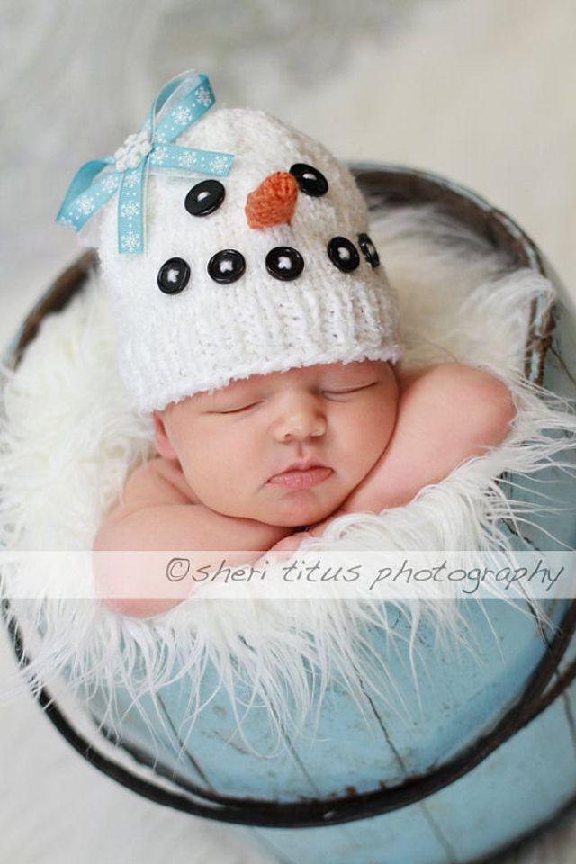 Crochet hat snowman