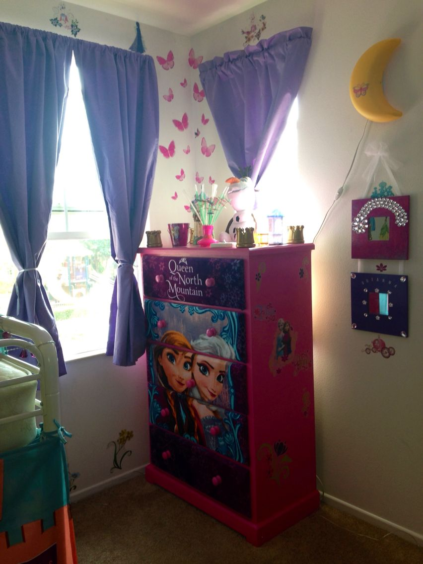 Elsa and Anna Frozen dresser  Disney Princess Room en