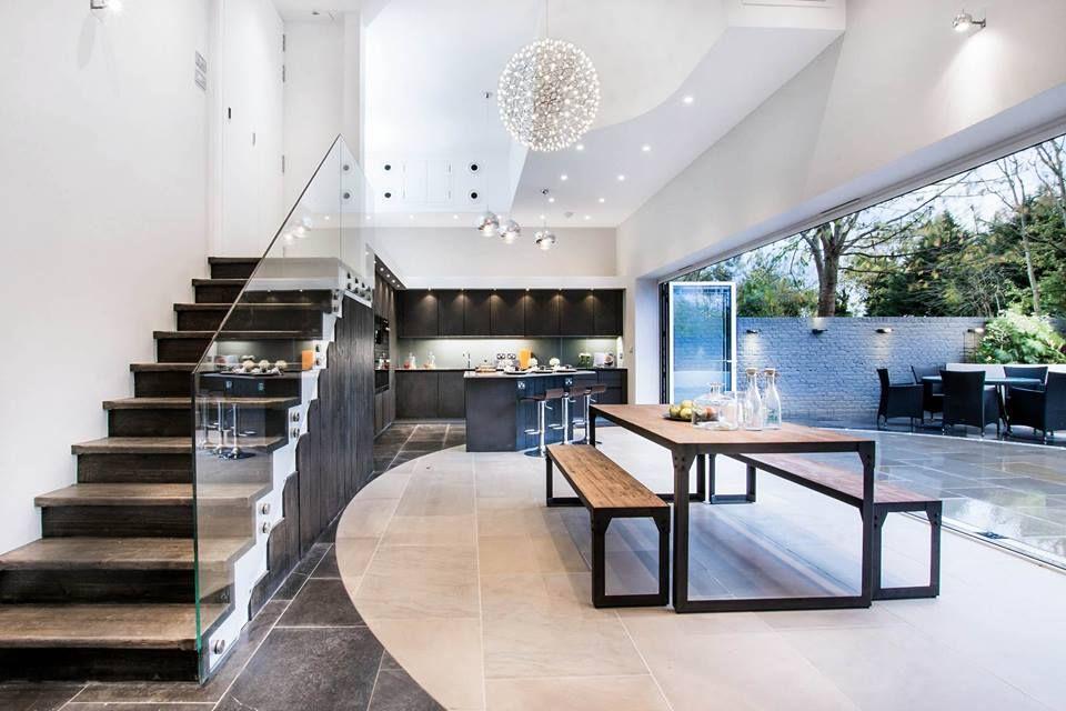 Wildhagen moderne open keuken met kookeiland en industriële