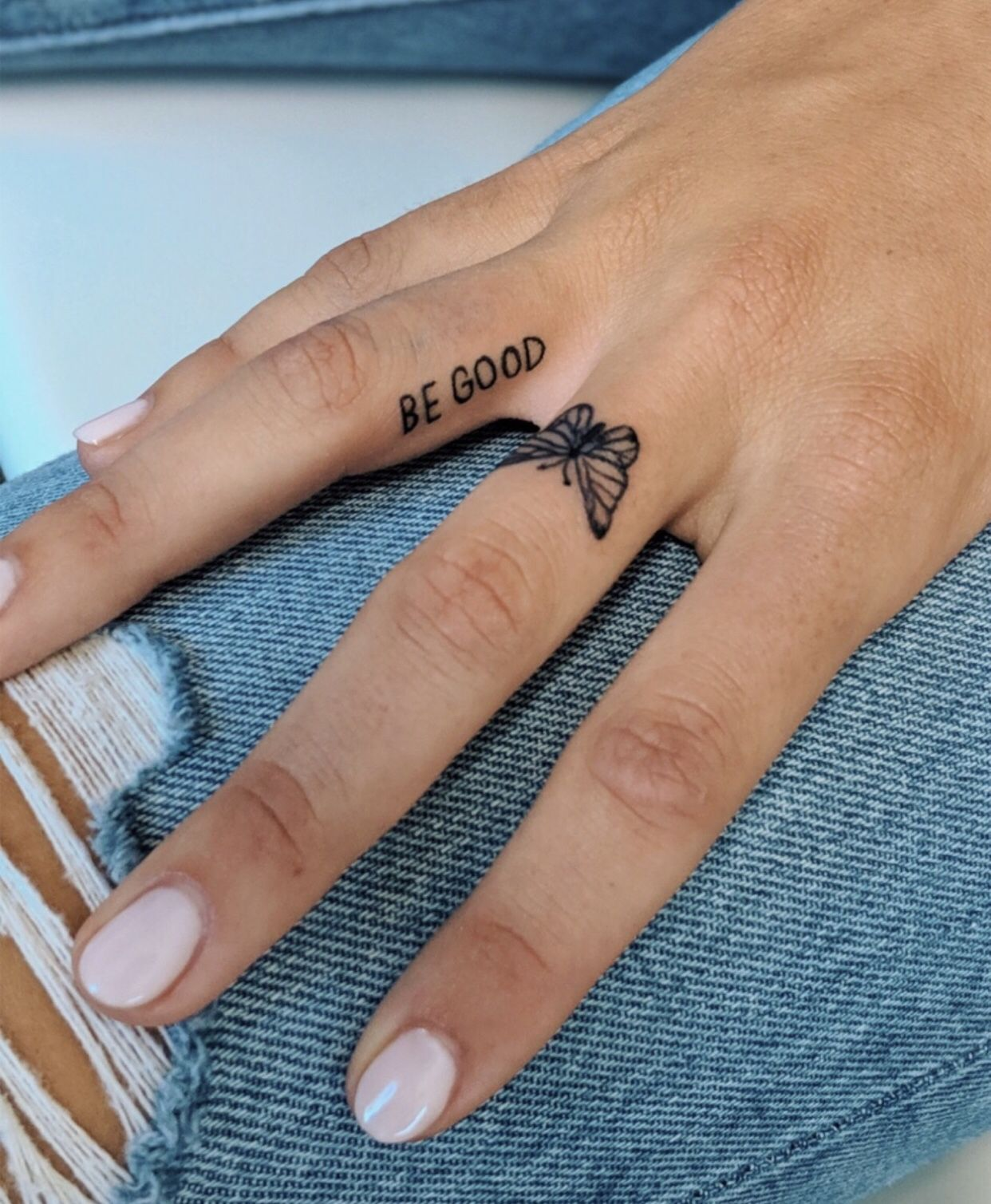 small tattoo butterfly Cute finger tattoos, Dainty