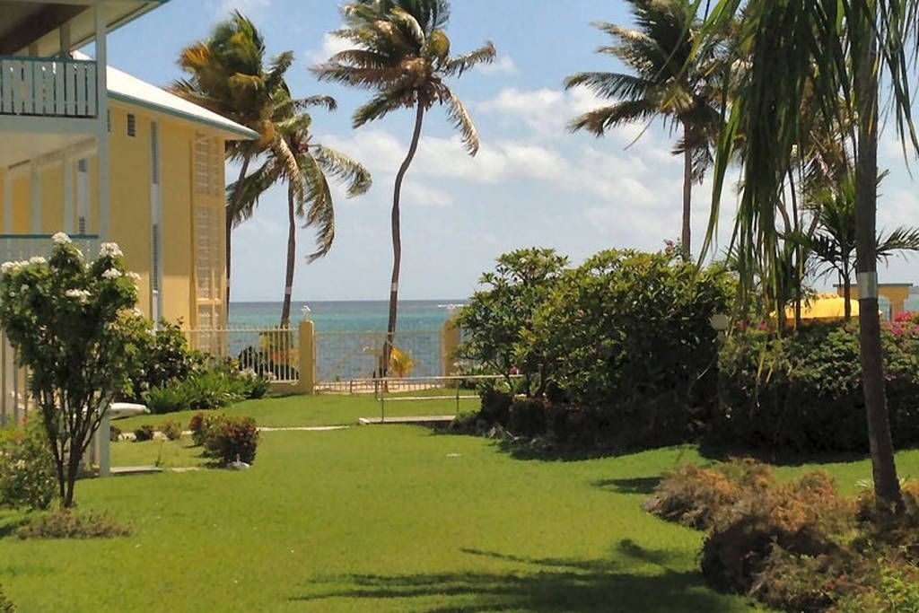 Beachfront renovated 2 bed2 bath christiansted st croix