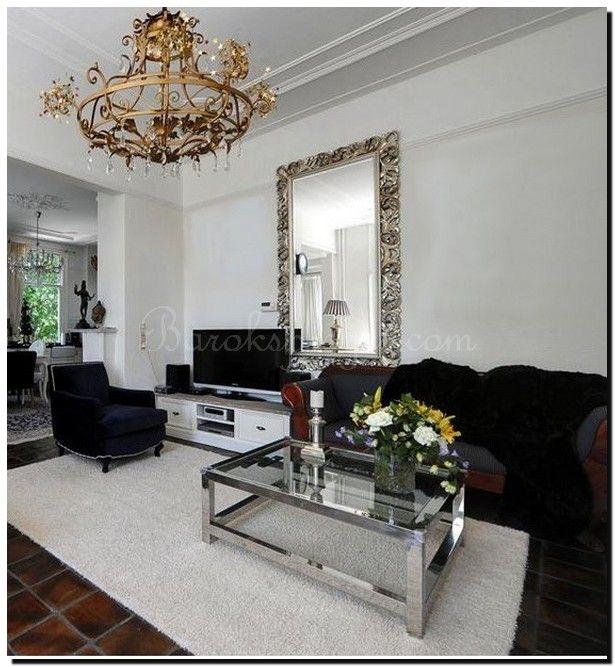 Grote handgemaakte Venetiaanse spiegel met zilveren lijst in ...