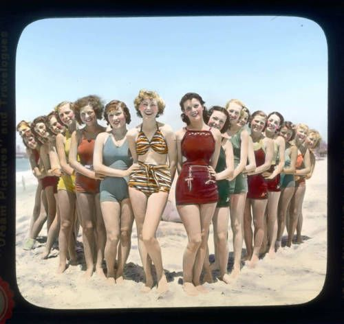 bathing beauties in los angeles area circa 1929 piquer une t te fancy a swim. Black Bedroom Furniture Sets. Home Design Ideas