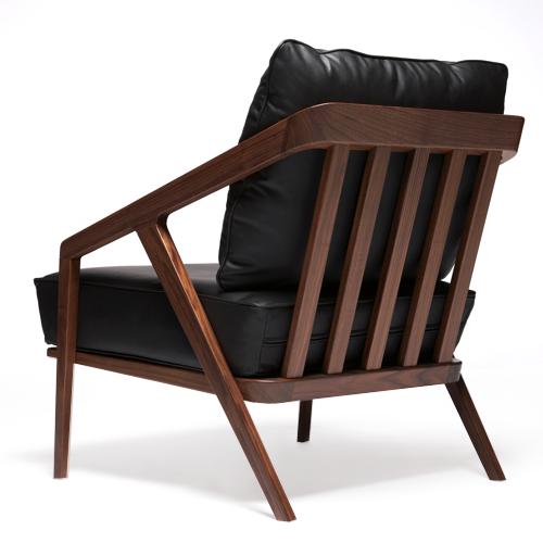 Katakana Lounge Chair American Black Walnut / Black Leather