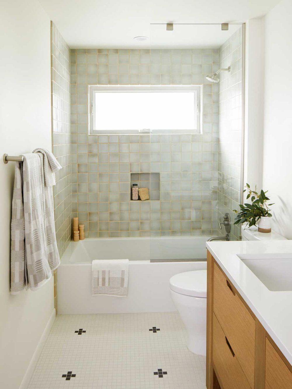 A Great Continue Reading More Regarding Greige Bathroom Ideas Badezimmer Klein Badezimmer Kleine Badezimmer