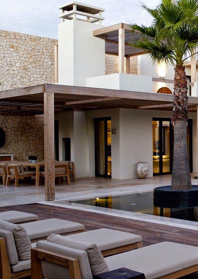 INTERIEUR I BINNENKIJKEN I Piet Boon Villa Portugal. VorschlagRenovierung SpanienArchitektenWohnenAußenbereicheSchöne LandschaftenTraumhäuserLuxus  Häuser