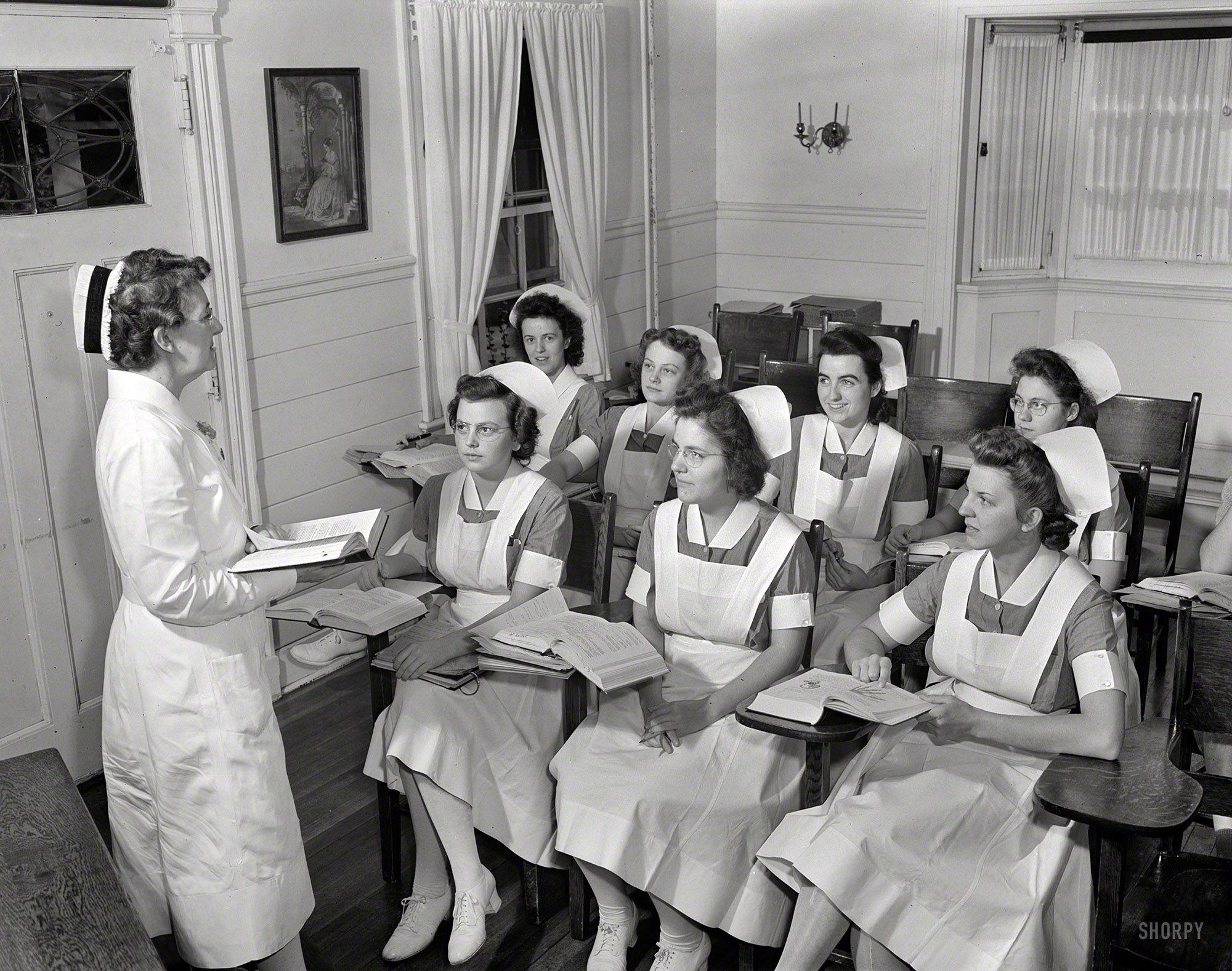 White pinafore apron nurse - Shorpy Historical Photo Archive Student Nurses 1942