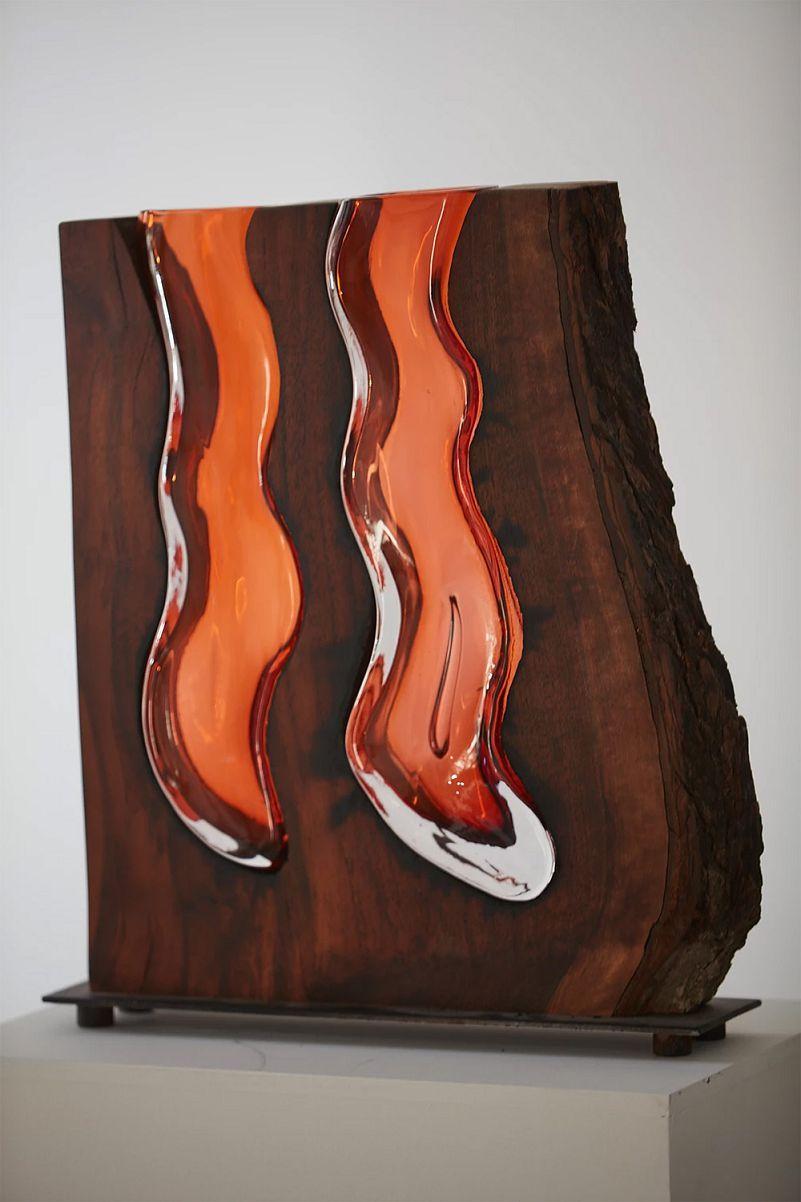 Vases en Verre emboîtés dans des Formes en Bois par Scott Slagerman Studio