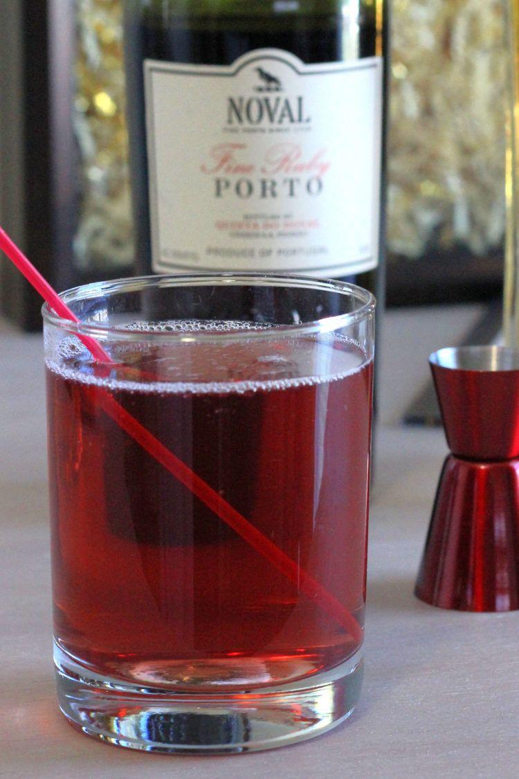 Port Elderflower Original Cocktail Recipe Mix That Drink Recipe In 2020 Recipe Mix Cocktail Recipes Elderflower