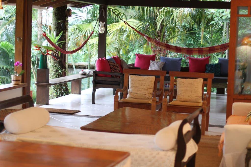 Ganhe uma noite no Casa Linda+Cozinheira Top+Juquehy - Casas para Alugar em São Sebastião no Airbnb!