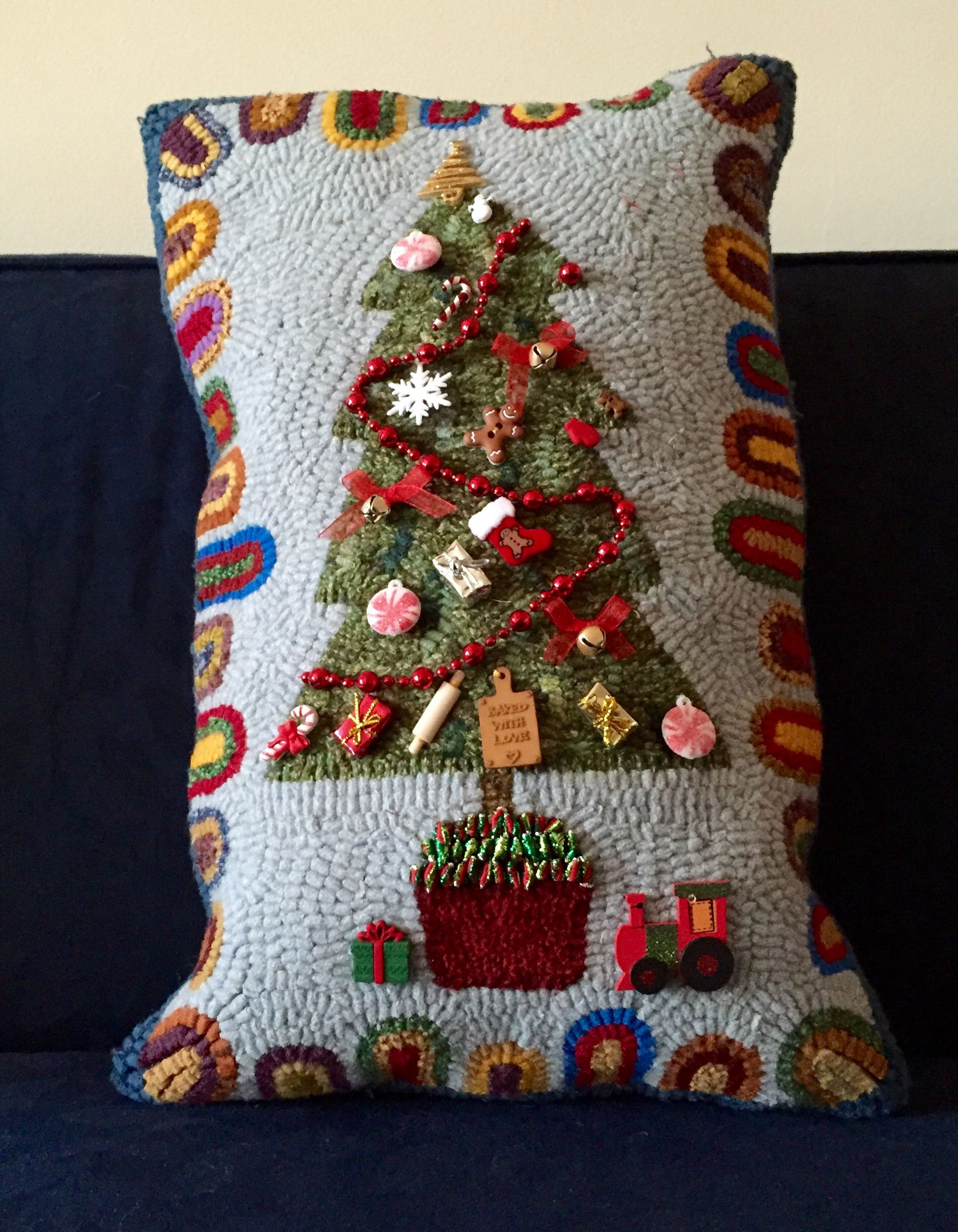 Christmas Tree Pillow Hooked By Liz Gilbert Fox