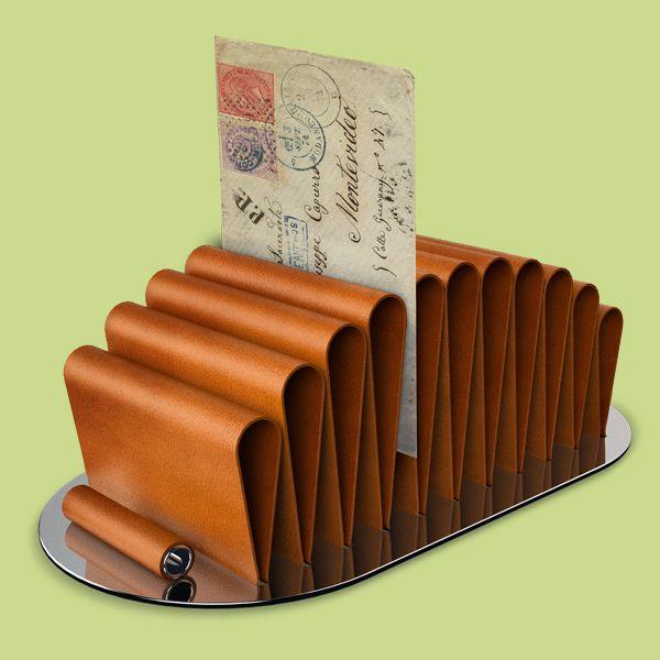 #arcadia #devecchi #steel #leather #documents #design #santablog #santadesign