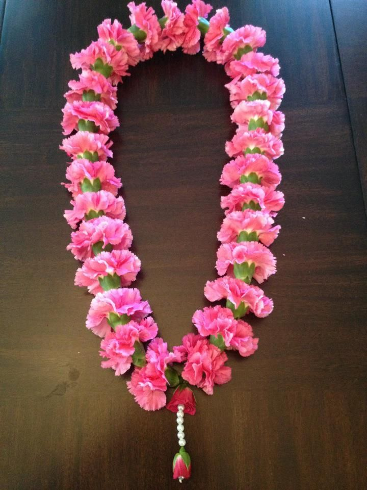 Pink Welcome Garland For Your Guests