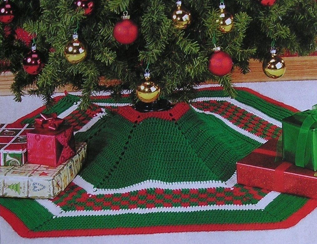 Easy Crochet Pattern Adorable Very Colorful Christmas Tree Skirt ...