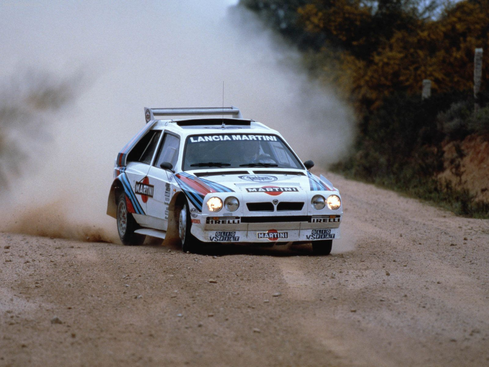 Nothing beats the old Lancia rally cars. | &CARS | Pinterest ...