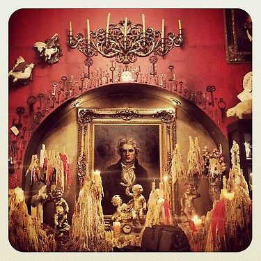 kat von d's office...would love to have an office like that