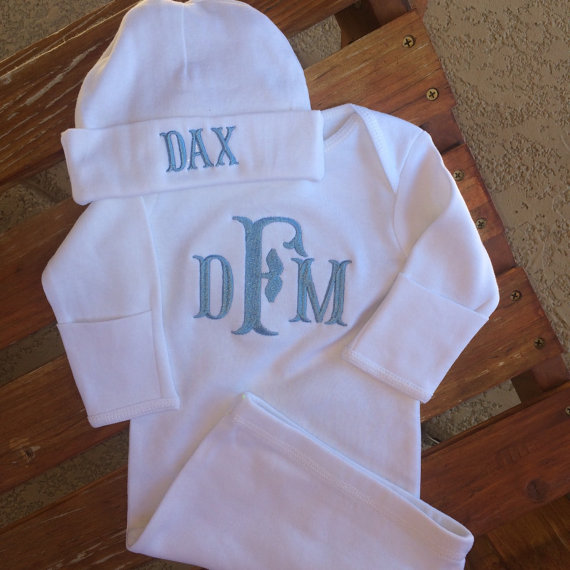 White Newborn gown and hat for baby boy. Perfect for baby shower or ...