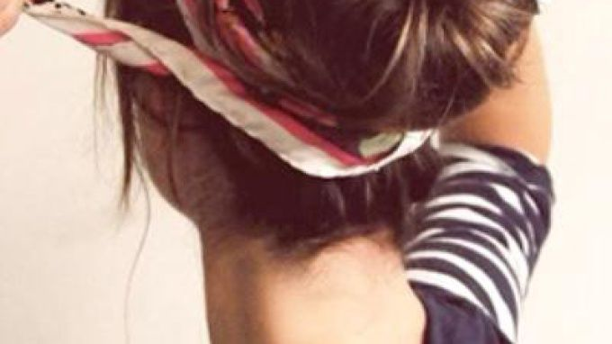 How to put your hair into a sock bun