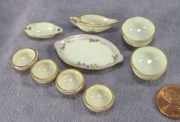 Ettie Wilmoth - china painted porcelain