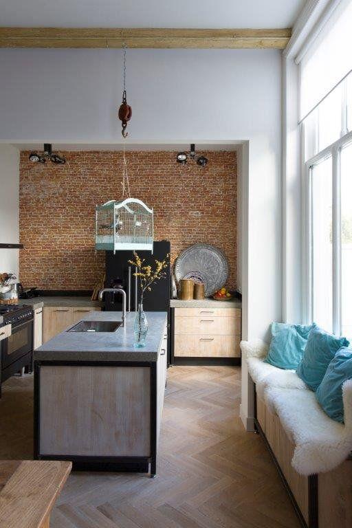 Kuche von Ikea und eigene umbau - küche mit schräge