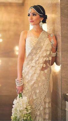 indische hochzeitskleider 5 besten fotoideen pinterest hochzeitskleid kleider und. Black Bedroom Furniture Sets. Home Design Ideas