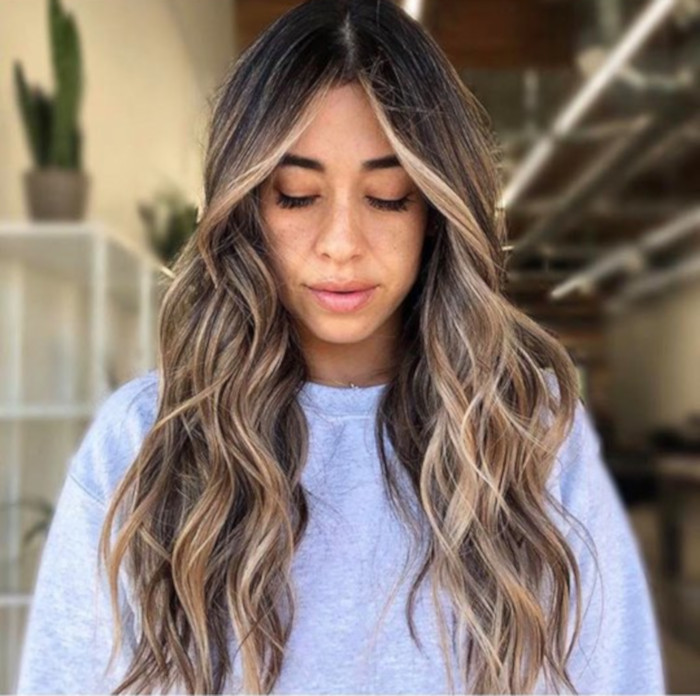 The Money Piece Is The New Hair Trend That Will Upgrade Your Balayage Brown Blonde Hair Light Hair Color Medium Brown Hair