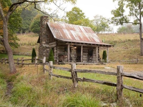 100 Year Old Tiny Log Cabin In Green Mountain Tiny Log