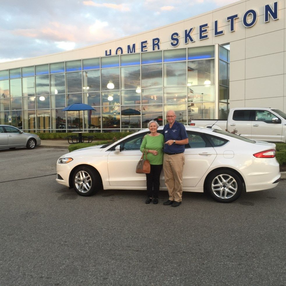 Mary sue younger reviews the 2016 ford fusion se she purchased from homer skelton ford in