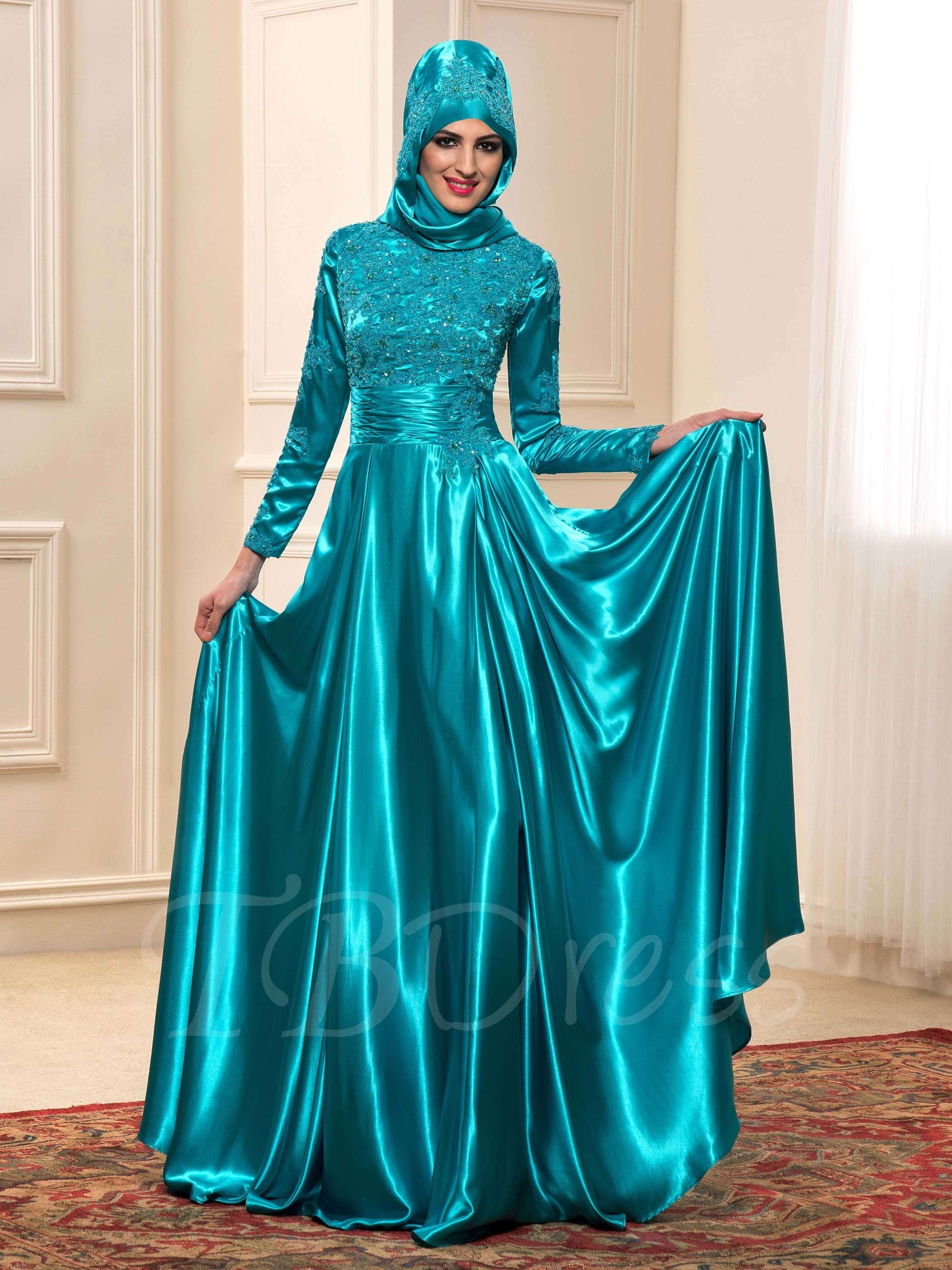 Long Sleeve Charmeuse Appliques Muslim Wedding Dress in Color ...