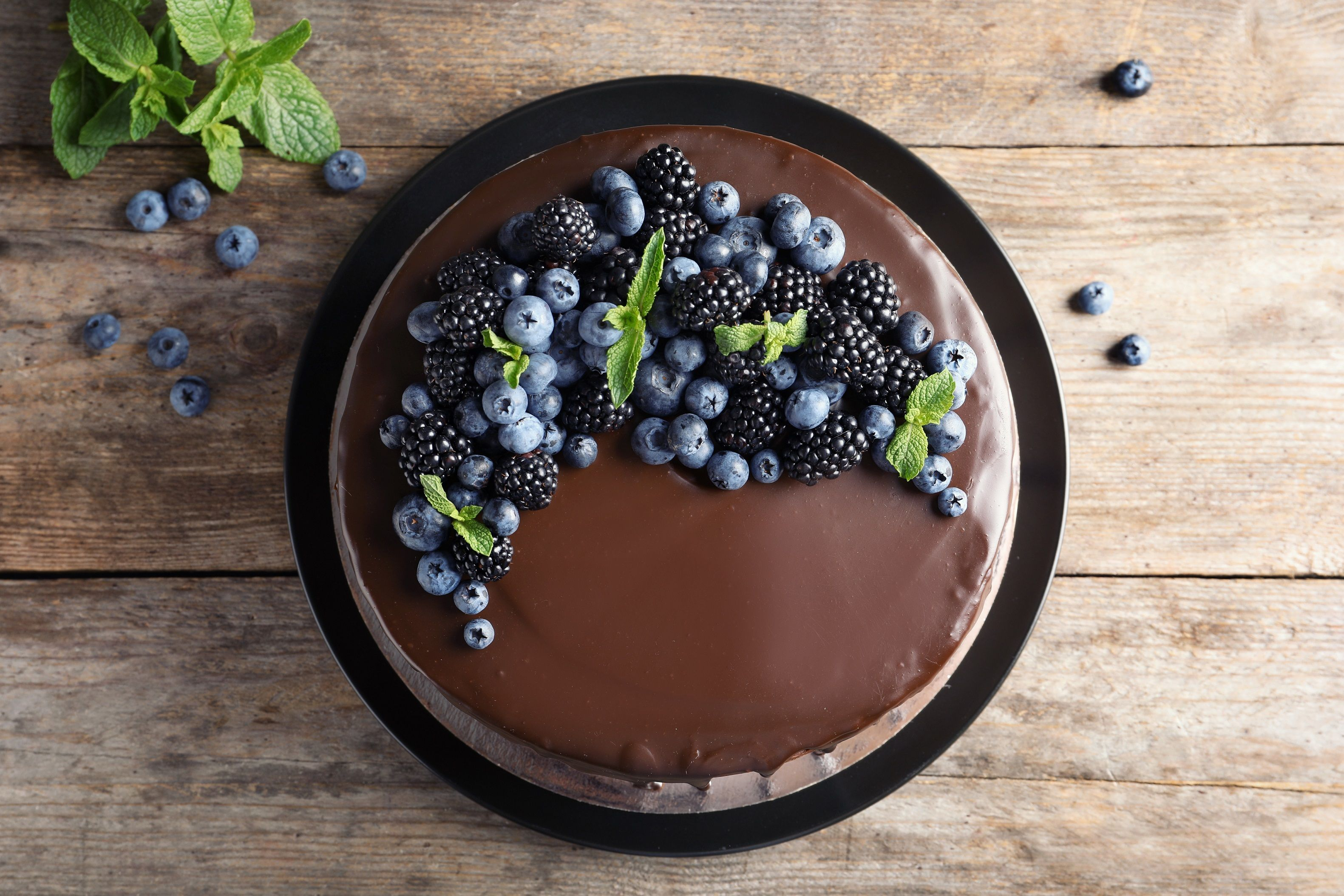 Send Cakes to Trichy Pick from a Range of Delicious Cakes