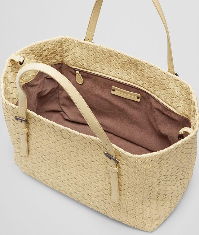 2ea9f294f88 Banane Intrecciato Nappa Tote Bag   Accessories in 2018   Pinterest ...