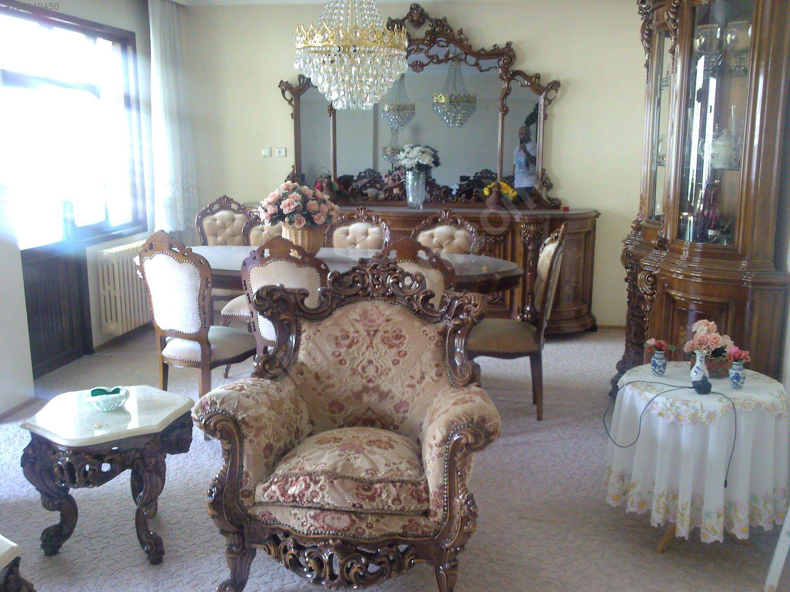 Yarim Asirlik Oturma Odasi Ve Yemek Odasi Ikisi Birarada Antika Antika Salon Takimi Ve Cesitli Antika Mobilyalar Sahibind 2020 Ev Dekoru Antika Mobilya Mobilya