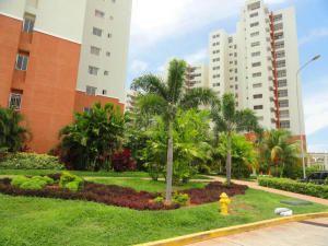 Apartamento En Venta En Avenida El Milagro - Código: 16-4534