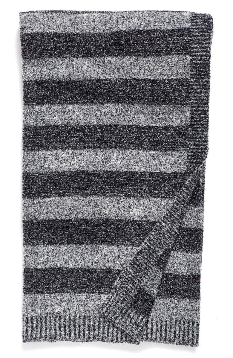 Free Shipping And Returns On Barefoot Dreams Awning Stripe Throw At Nordstrom Com Subtle Stripes Make This Ultraplush And Co Barefoot Dreams Barefoot Stripes