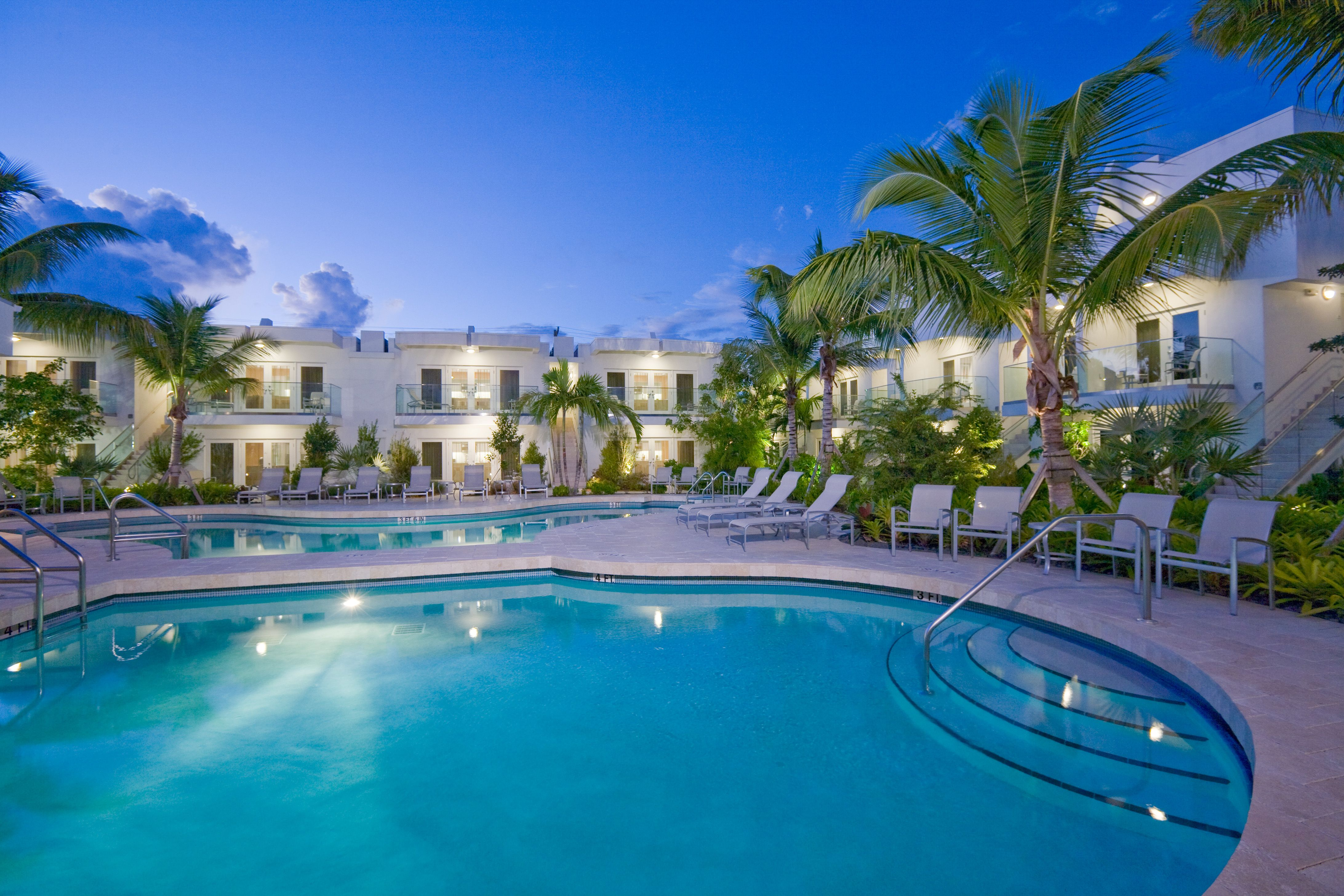 Stay At Santa Maria Suites Resort A Contemporary Key West Retreat With Sushi Restaurant Heated Pools Tropical Gardens And Beach Access Near C Reefs