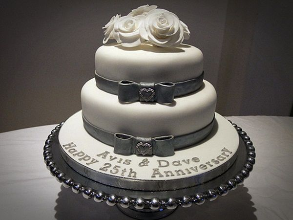 Cool th anniversary cake ideas pictures romantic