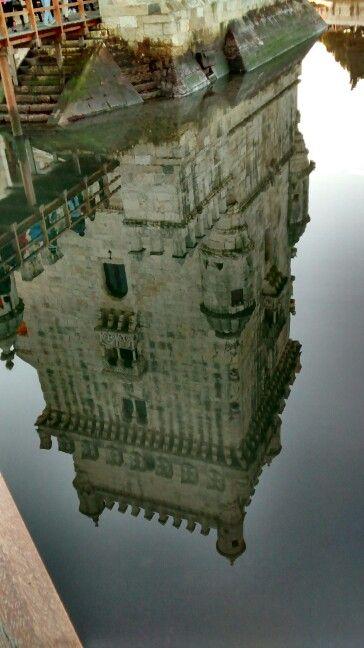 Reflexo No Espelho D Agua Torre De Belem Lisboa Pt Torre De