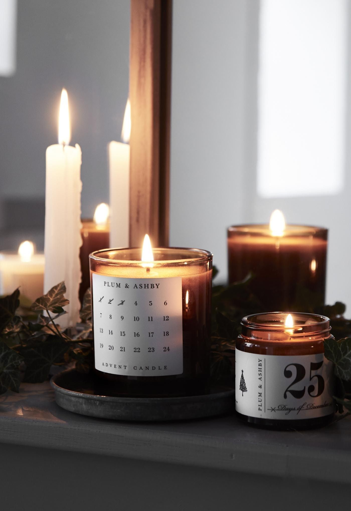 26 Awesome Christmas Candles Decoration Ideas Christmas Candle Decorations Candle Decor Candles