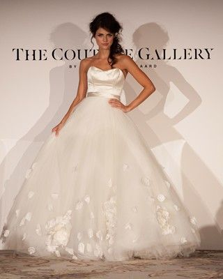 The Savoy Show - The Couture Gallery - Designer Wedding Dresses ...