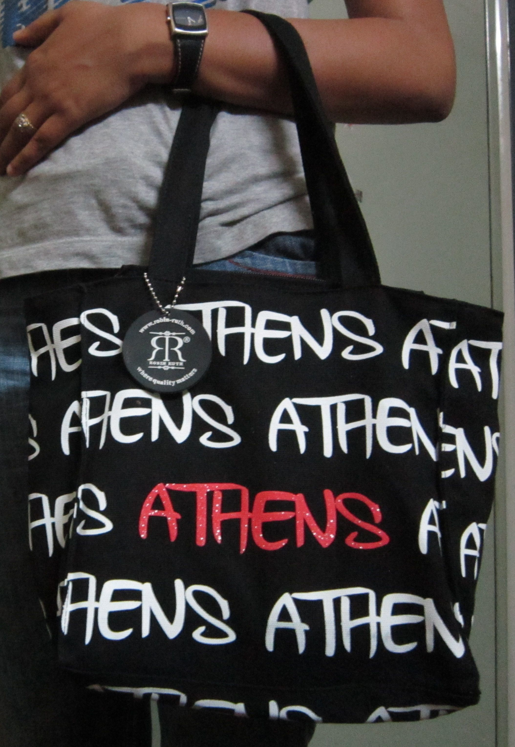f2567e7a01 A ROBIN RUTH bag from Athens, Greece..gift from my bro...great to carry  with any casual outfit...esp. jeans n t-shirt.
