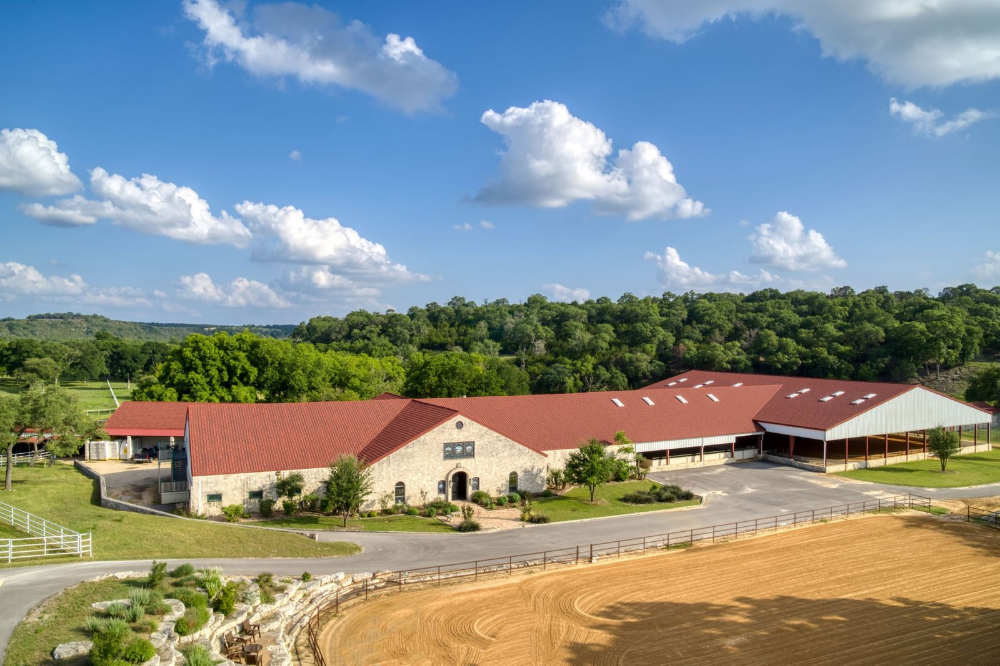 Twisted Rose Farm A World Class Equestrian Estate Located At 1626
