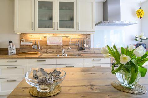 Moderne Landhausstilküche mit großzügiger Kücheninsel Interior - kleine küchenzeile ikea