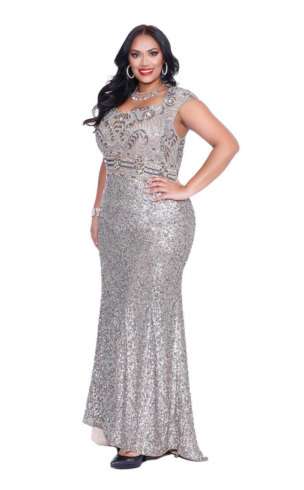 Flattering Prom Dresses For Plus Size | Saddha